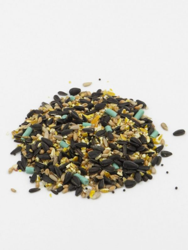 High energy seed mix for feeding wild birds, packed with sunflowers