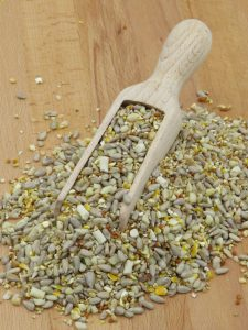 Max Energy stay tidy mix, high energy wild bird food for feeding wild birds. Husk free for less mess